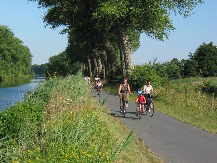 2003-07-14 029 fietsers Leiemeersen 1